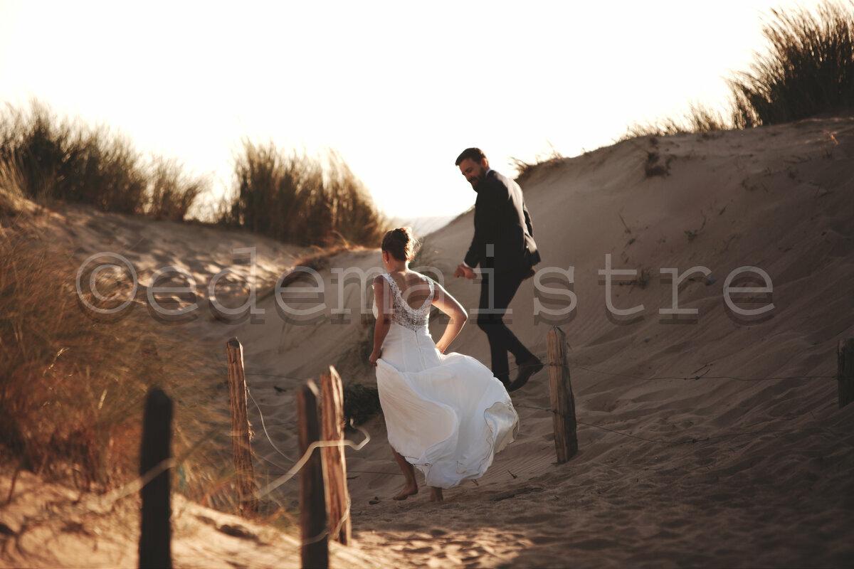 Les mariés amoureux sur les dunes de Biville
