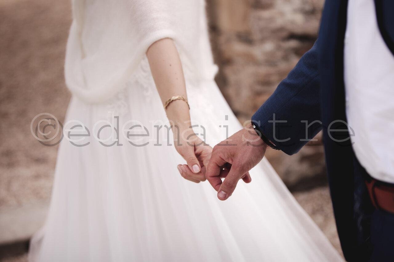 mariés, mains, tendresse, mouvement